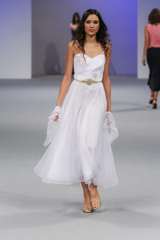 001Signature resort wedding dress